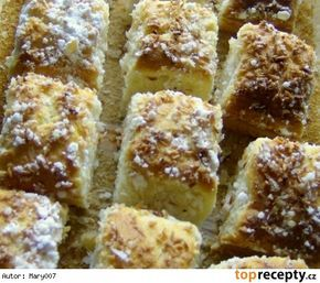 Hrnčekový kokosový koláč