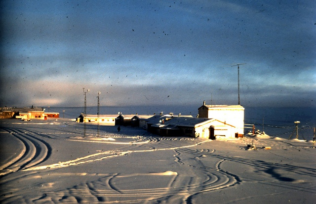 weather in nunavut in december