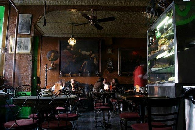 affe Reggio (est. 1927) NYC l 15 Vintage NYC Restaurants, Bars and Cafes | Untapped Cities