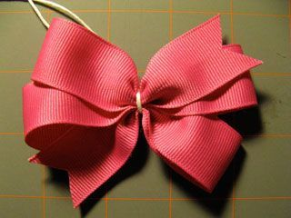 Pinwheel bow with template. I liked the YouTube video tutorial better, but the written instructions are almost the same.