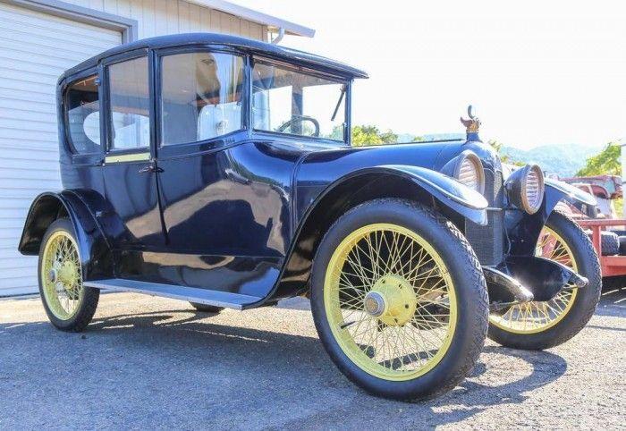 1915 Moline Knight