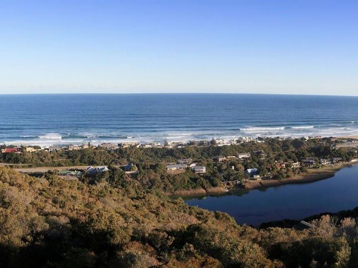 Infinity Blue - Infinity Blue self catering accommodation has been designed to ensure that your Garden Route holiday ensures comfort and luxury. Infinity Blue is positioned to maximise your enjoyment of the endless ocean ... #weekendgetaways #wilderness #gardenroute #southafrica