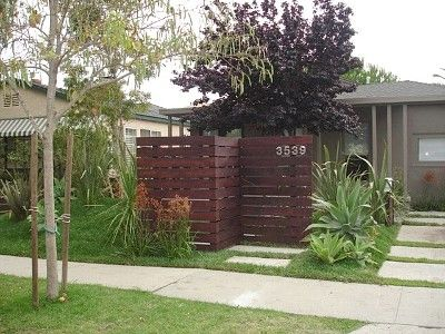 17 best images about front yard parking on pinterest for Beach house yard ideas