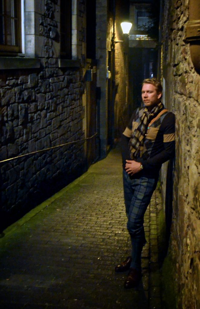 A late night in Edinburgh, and Ryan is wearing a cozy cashmere scarf from our collection, and a lovely pair of handmade Vass Shoes.