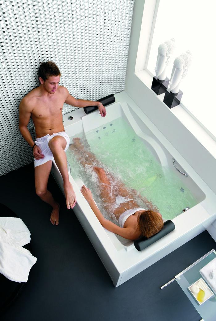 Brescia #bath #Acquaidro #bathroom #bañera #baño #hidromasaje #relax