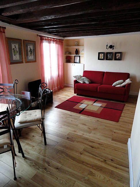 Paris apartments Quai aux Fleurs, apartment furnished ile de la cite