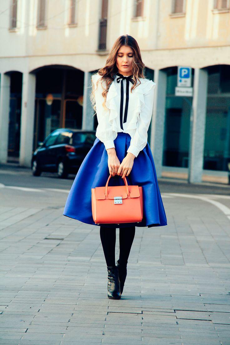Black,White and Blue   Mia's Dreams Blog