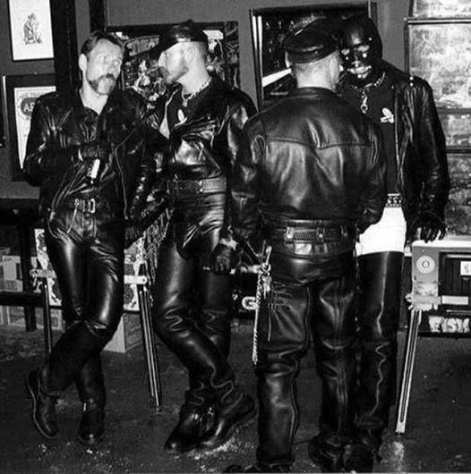 Shipley elektronski metoda uniform asian gay