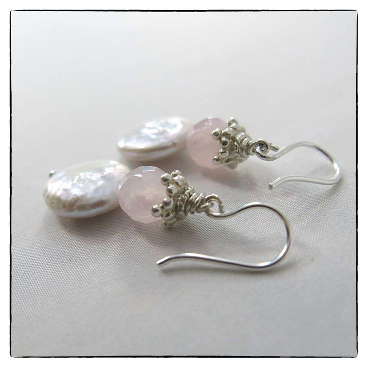 Ohrringe aus Coinperlen mit Rosenquarz - spring fashion earrings