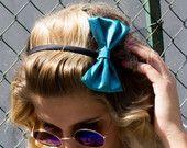 Cerchietto con fiocco/ Stile anni ottanta/ Fiocco per capelli/ Accessori vintage/ Fiocco e tulle/ Accessori per capelli