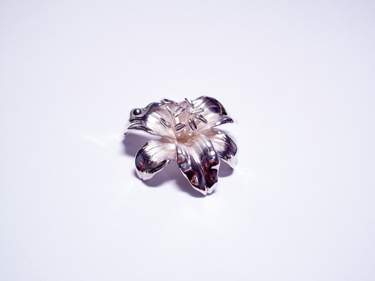 #Brooch, #Handmade, Sterling Silver Lily Brooch  .Design Motif: #Lily Flower   I made when I was in graduate school.   www.etsy.com/shop/TITASY