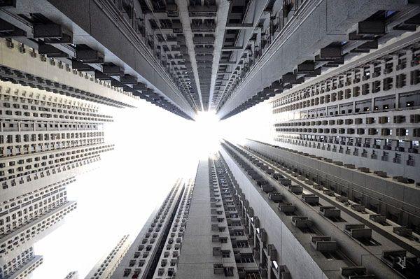 Vertical Horizon by Romain Jacquet-Lagreze #Illustration #Architecture #Photography
