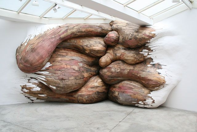#Tree trunks #invading museums by Brazilian artist Henrique Oliveira