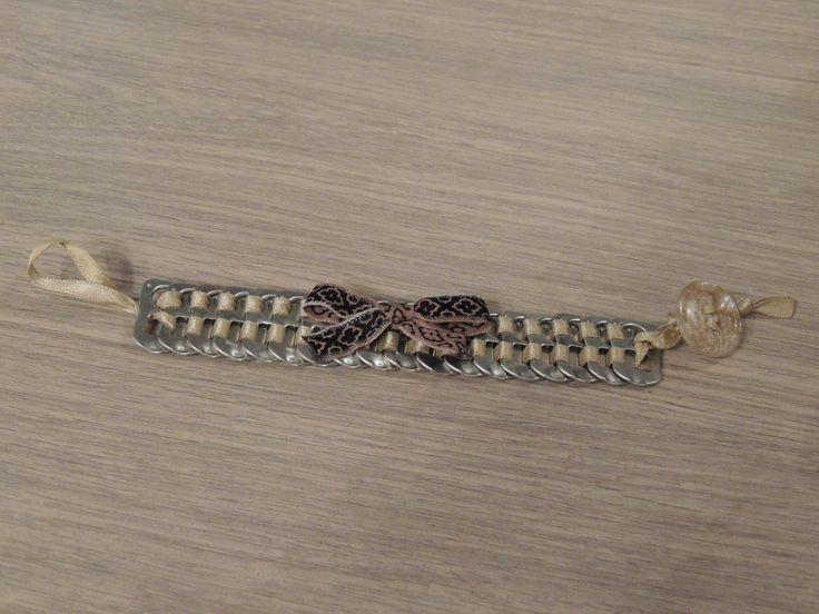 Bracelet en capsules de cannettes de soda beige et marron