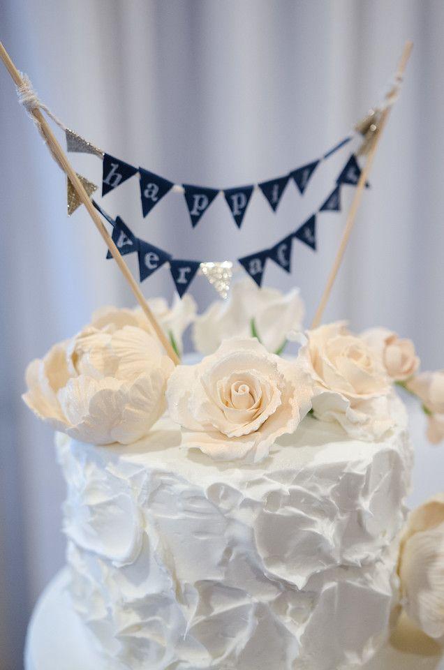 Cute but simple cake topper. Photo by Christina Stirpe