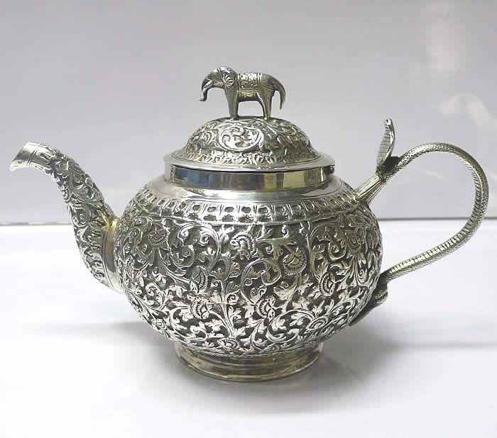 1000 images about teapots on pinterest auction tea kettles and antique silver - Elephant shaped teapot ...