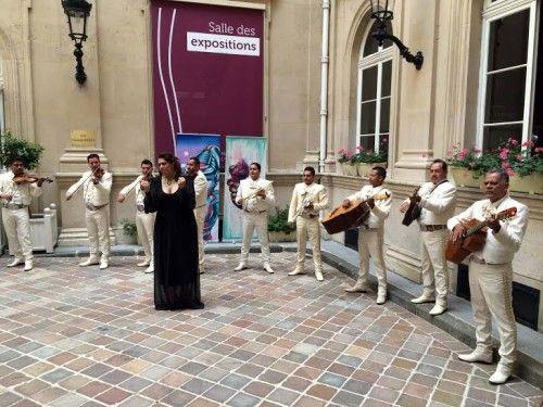 Lleva mariachi de la UdeC la música mexicana a Francia