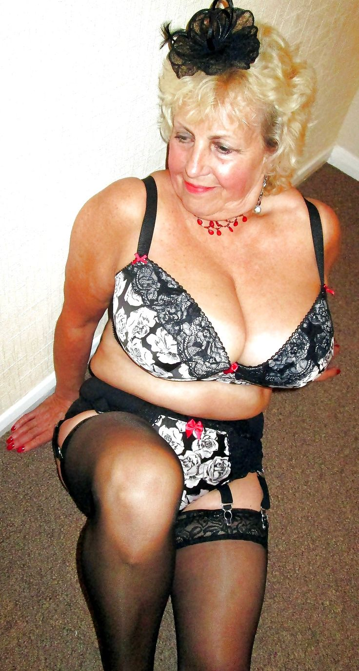 Mature grannie free clips