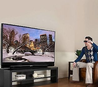 Mitsubishi 82 Diag. 3D DLP HDTV with StreamTV,Stand & HDMI Cable