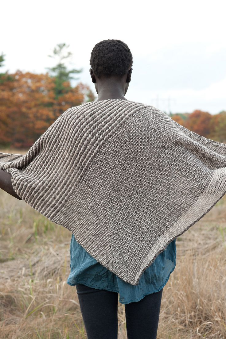 Nice Knit Triangle Shawl Pattern Pictures - Blanket Knitting Pattern ...
