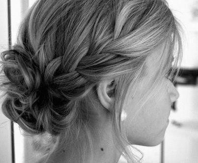 can someone make my hair do this for me?