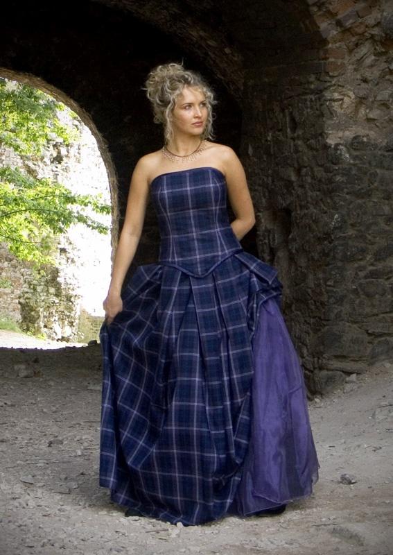 24 best images about wedding dress on pinterest bella for Scottish wedding dresses with tartan