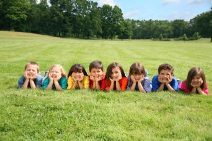 """Groups of kids are tough to manage – but they are a treasure house of ideas. Just give them a target, and don't let them know your getting the benefits! – like """" Give me 10 totally different poses in 1 minute"""" or """"quick, group yourself according to the color of your eyes"""""""