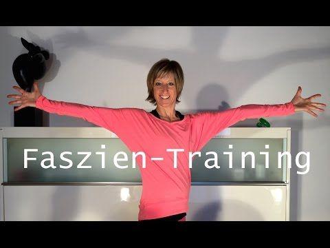 Faszien Training mit der Rolle Gabi Fastner - YouTube