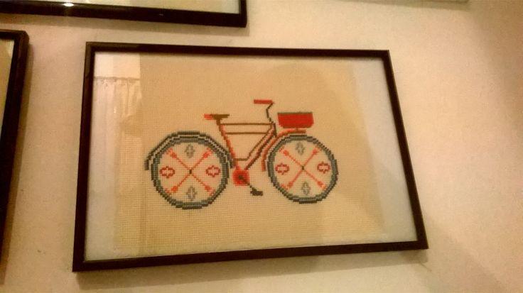 Ρετρό ποδήλατο κεντημένο