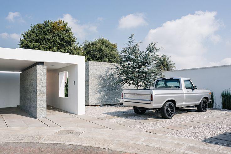 Casa Nochebuena | Dionne Arquitectos | #landscape #facade #outdoor