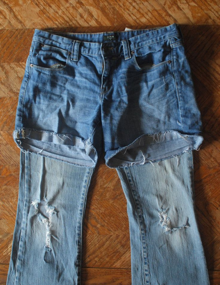 How to turn old jeans into new cut-off shorts...mine never turned out good. gotta try this!