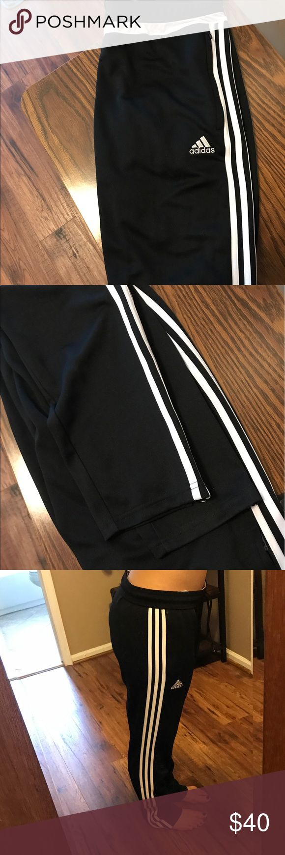 Adidas jogger sweatpants Brand new adidas jogger sweatpants. Never worn. Given to me as a gift but they were too big. adidas Pants Track Pants & Joggers