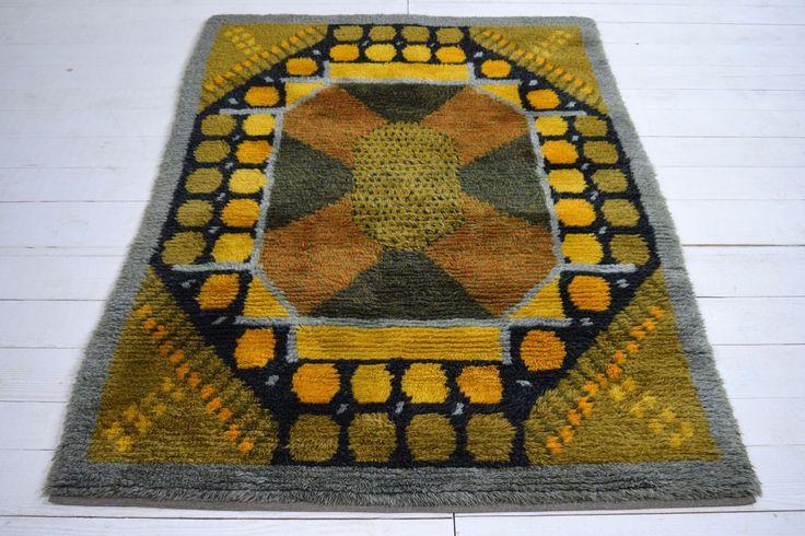 A funky late 1960s Scandinavian Rya rug-joshua-lumley-ltd-DSC_0157_main_636255051279134497.jpg