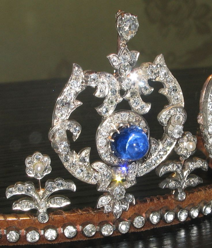 A close up of the diamond and sapphire tiara of Princess Thyra of Denmark.