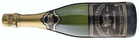 !!!   Terningkast 5: 731401 Caves Haut Cremant de Bourgogne Brut 2011, 12,5 prosent vol, Cave des Hautes-Côtes, Bourgogne/Frankrike, 75 cl, 169,90 kroner. Basisutvalget. Lys gul. Sitrus, eple, urter og litt gjærbakst i duft. Smaken følger duften med modne epler og sitrus, som er lett syrlig og bra konsentrert. Fine bobler og en frisk avslutning. En god Cremant til skalldyr, laks, skinker og annet godt på koldtbordet. Og en god aperitiff.