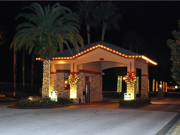 A dynamic design to make your business standout is roofline lights. Some  businesses have us do installation for Christmas Decorations but decide it  is a ...