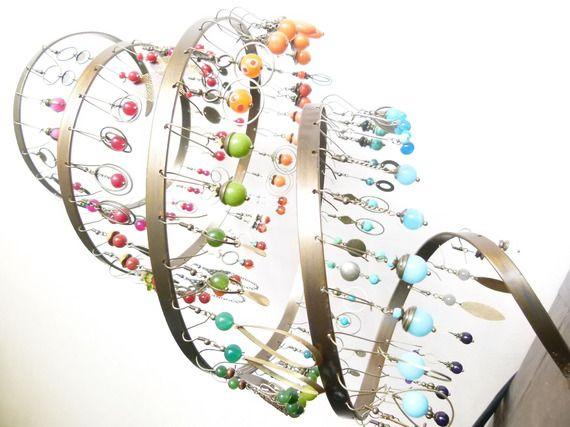 Pr sentoir design or en acier pour bijoux et boucles d - Presentoir a boucle d oreille ...