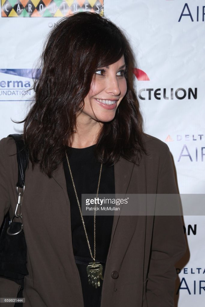Gina Gershon attends COOL COMEDY - HOT CUISINE GALA to Benefit SCLERODERMA RESEARCH FOUNDATION at Carolines on Broadway on November 9, 2009 in New York City.