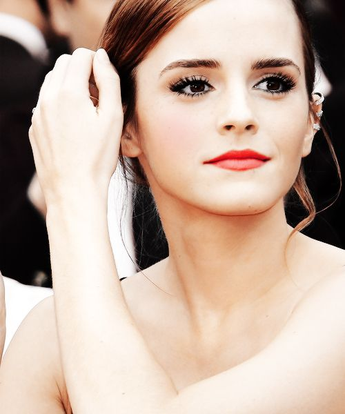 Emma Watson. gah shes so perfect.