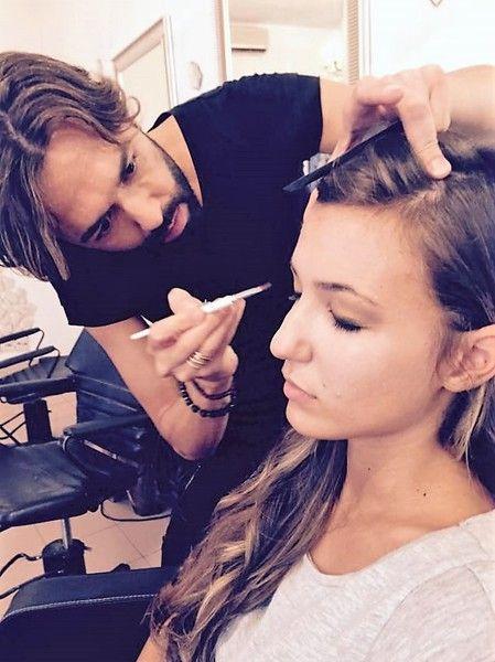 Tagli, acconciature e make up alla moda, esperienza e competenza: vi invitiamo a conoscere il nostro salone, Spa, Hair, Beauty e i collaboratori di Personalità Hair Style di Morgan e Dany di Parma.