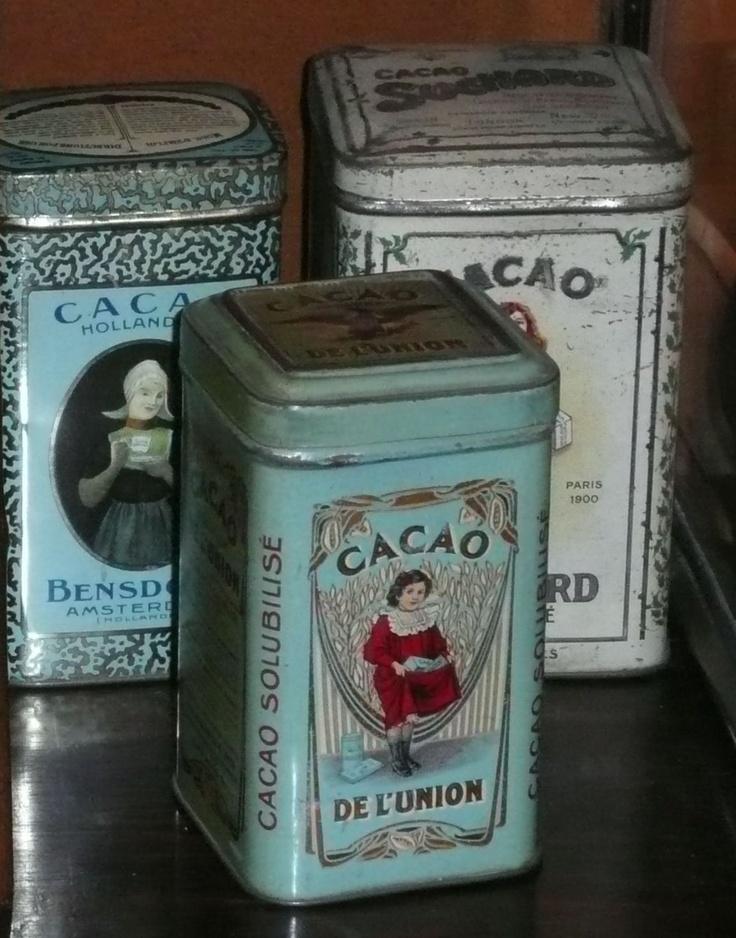 17 best images about boites en fer on pinterest tea tins belle and metals. Black Bedroom Furniture Sets. Home Design Ideas