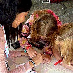 Hands-on projects and FREE online lessons to teach kids robotics, electronics, coding.