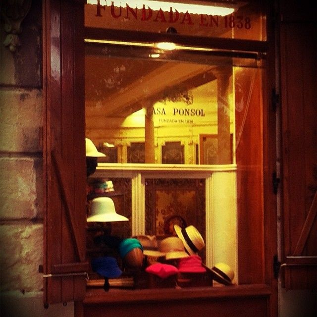 #donostia #casaponsol#1838#sombreros#barrets#hat#sansebastian