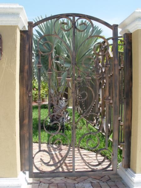 7 best outside gate door images on pinterest fence gates for Aluminum driveway gates prices
