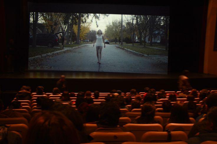 https://flic.kr/s/aHskyRCmNX   Clausura y entrega de premios a ganadores de cortometrajes.   Gran cantidad de púbico asistió a las sesis jornadas del 13° Festival de Cine Terror de Valdivia