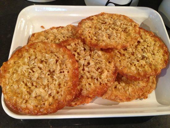 Easy oatmeal cookies.