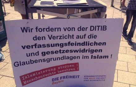 Wir fordern von der DITIB den Verzicht auf die verfassungsfeindlichen und gesetzeswidrigen Glaubensgrundlagen im Islam! — Die Freiheit Bayern