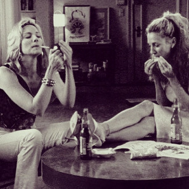loved the episodes when the satc ladies would smoke pot ... hope i'll still be getting high with my friends when i'm grown (: