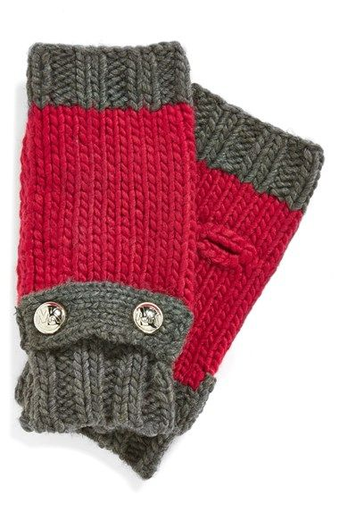 Michael Kors arm warmers http://rstyle.me/n/ufmzrnyg6