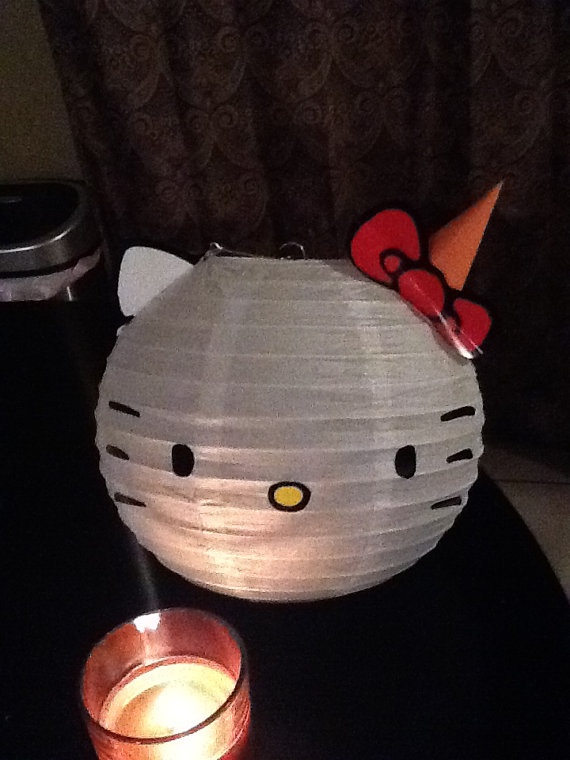 Cute decoration idea for a Hello Kitty Party